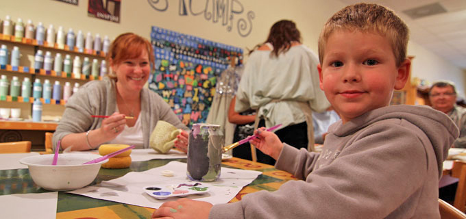 Kids-activities-ceramic-cafe-kansas-city1